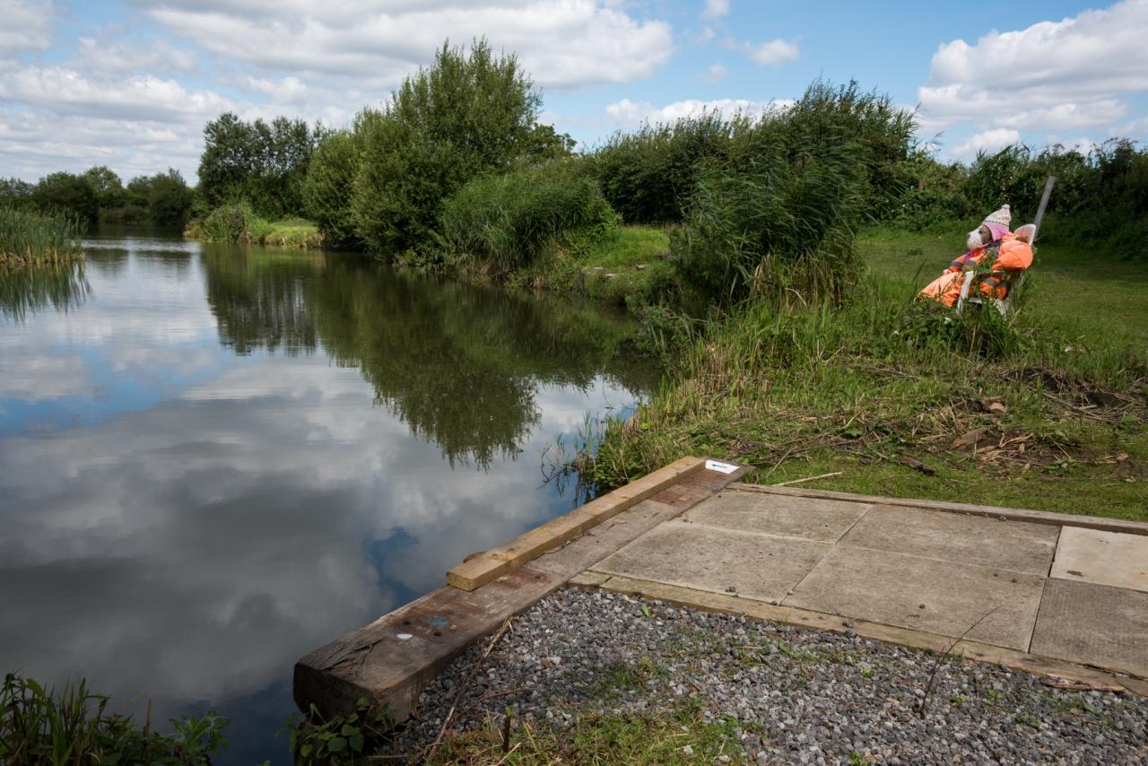 Dog-fisher - Barton-on-Humber