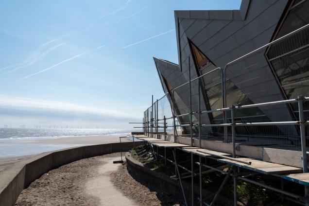 Modern Beach Accommodation - Chapel St Leonards